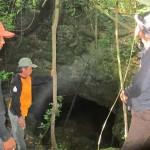 lowo-cave-entrance
